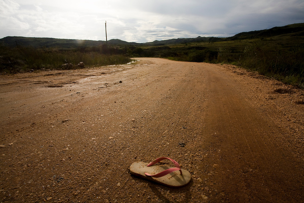 Diamantina_MG, Brasil...Estrada de terra em Diamantina, Minas Gerais...A dirty road in Diamantina, Minas Gerais...Foto: LEO DRUMOND / NITRO
