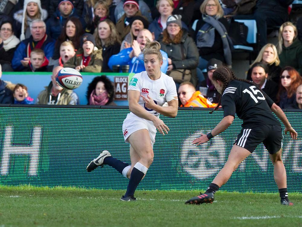 Fiona Pocock passes the ball, England Women v New Zealand Women in an Old Mutual Wealth Series, Autumn International match at Twickenham Stoop, Twickenham, England, on 19th November 2016. Full Time score 20-25