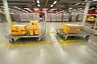 28 MAY 2009, LEIPZIG/GERMANY:<br /> Warehouse Deutsche Post DHL Hub Leipzig, Umschlagplatz fuer Luftfracht, Paketverteilzentrum, Briefverteilzentrum, Luftfrachtdrehkreuz<br /> IMAGE: 20090528-15-052