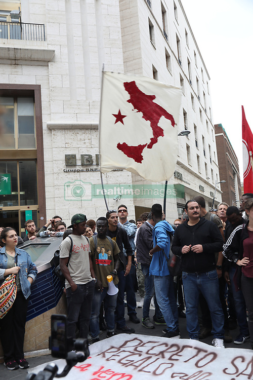 October 2, 2018 - Naples, Campania, Italy - A large group of protesters belonging to the social centers met in Via Toledo in Naples to protest against the presence of the minister of the Salvini in Naples today in the Prefecture for the Security Council. (Credit Image: © Fabio Sasso/Pacific Press via ZUMA Wire)