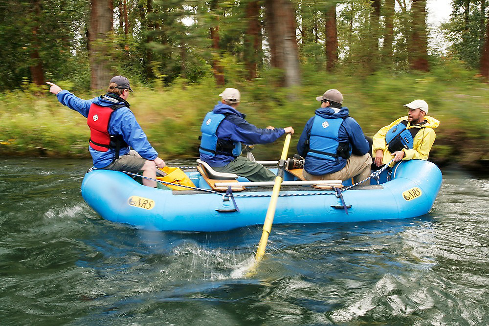 USGS and NOAA fisheries biologists perform a rafting survey of the Yakima River near Cle Elum, Washington.