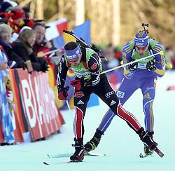 16.01.2011, Chiemgau Arena, Ruhpolding, GER, IBU Biathlon Worldcup, Ruhpolding, Pursuit Men, im Bild Michael GREIS (GER) und Bjoern FERRY (SWE) // Michael GREIS (GER) and Bjoern FERRY (SWE) during IBU Biathlon World Cup in Ruhpolding, Germany, EXPA Pictures © 2011, PhotoCredit: EXPA/ S. Kiesewetter