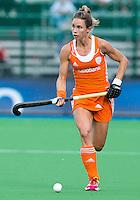 BOOM - Ellen Hoog tijdens de eerste poule wedstrijd van Oranje tijdens het Europees Kampioenschap hockey   tussen de vrouwen Nederland en Ierland (6-0). ANP KOEN SUYK