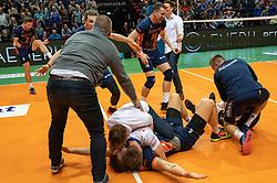 12-05-2019 NED: Abiant Lycurgus - Achterhoek Orion, Groningen<br /> Final Round 5 of 5 Eredivisie volleyball, Orion wins Dutch title after thriller against Lycurgus 3-2 / Last ball of the match Joris Marcelis #4 of Orion scores 3-2. Twan Wiltenburg #9 of Orion, Shalev Saada #5 of Orion, Wessel Anker #2 of Orion, Rob Jorna #10 of Orion, Coach Martijn van Goeverden of Orion