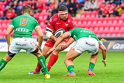 Werner Kruger of Scarlets is tackled by Luca Morisi of Benetton Treviso<br /> <br /> Photographer Craig Thomas/Replay Images<br /> <br /> Guinness PRO14 Round 3 - Scarlets v Benetton Treviso - Saturday 15th September 2018 - Parc Y Scarlets - Llanelli<br /> <br /> World Copyright © Replay Images . All rights reserved. info@replayimages.co.uk - http://replayimages.co.uk