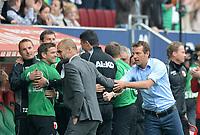 Fotball<br /> Tyskland<br /> 05.04.2014<br /> Foto: Witters/Digitalsport<br /> NORWAY ONLY<br /> <br /> v.l. Trainer Josep ''Pep'' Guardiola (Bayern), Trainer Markus Weinzierl (Augsburg), Shake Hands nach Spielende<br /> <br /> Fussball Bundesliga, FC Augsburg - FC Bayern München 1:0