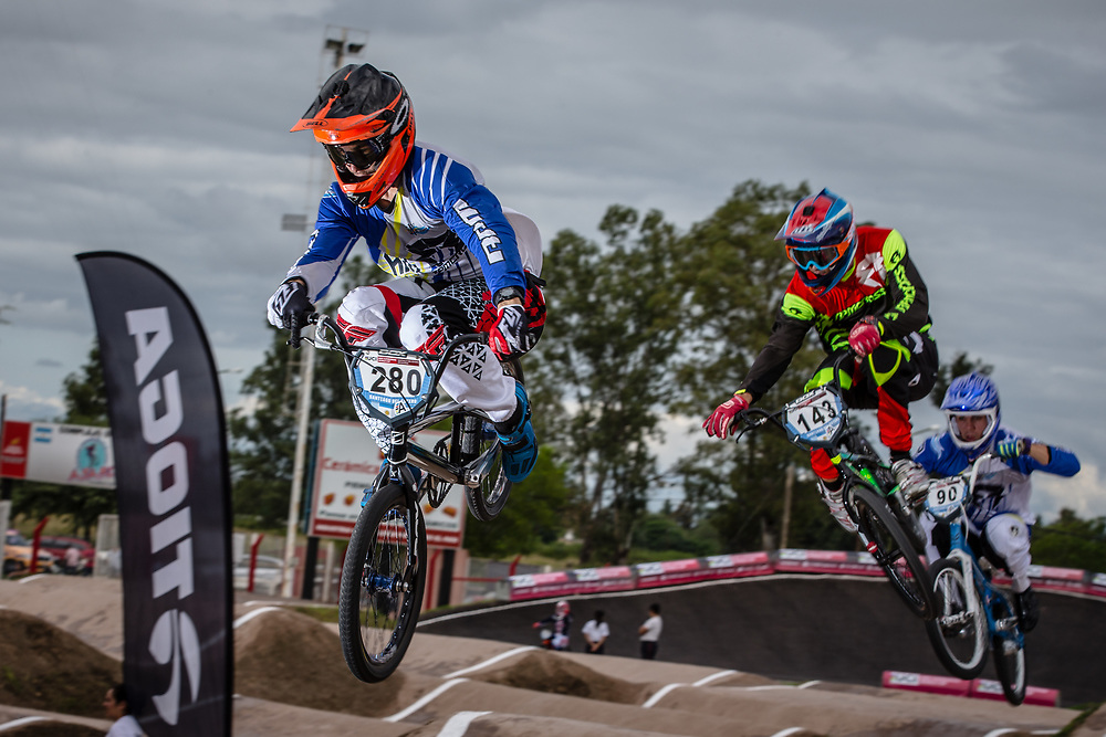 #280 (MONTENEGRO Cesar) ARG, #143 (TORRES Exequiel) ARG and#90 (MARINO CARLOMAGNO Ramiro) ARG at the 2016 UCI BMX Supercross World Cup in Santiago del Estero, Argentina