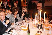 Premiere Palazzo in de spiegeltent Salon Victoria naast de Amsterdam ArenA, Amsterdam <br /> Op de foto:<br /> <br /> Nettie van der Veer met Ernst Daniel Smid en partner Rosemarie Giesen van der Sluis