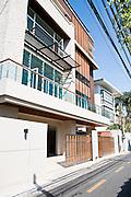 New houses and apartments on Ari Samphan