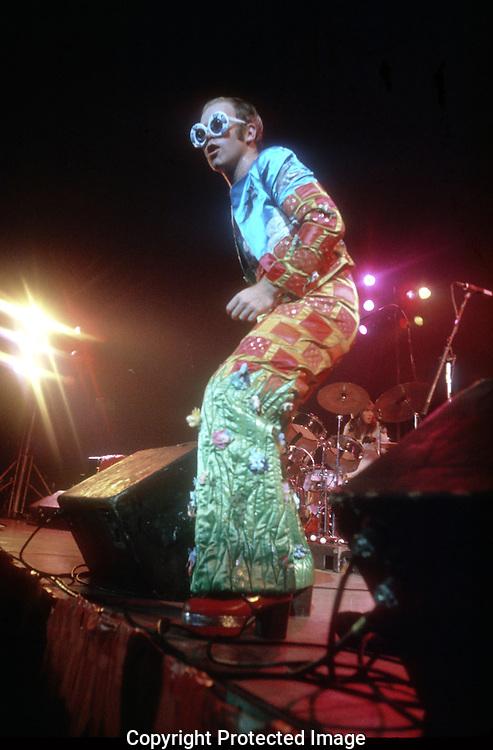 .Elton John in concert  in October 1973...Photo by Dennis Brack b11