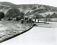 1923 Road building at Hollywoodland