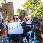 L'enorme marcia di circa un milione di persone a Londra contro la Brexit prima del ritiro ufficiale dell'Inghilterra dall'UE, il 31 ottobre.<br /> <br /> A huge march of roughly one million people in London against Brexit, before the official withdrawal of England from the EU on 31st October.<br /> <br /> #6d, #photooftheday #picoftheday #bestoftheday #instadaily #instagood #follow #followme #nofilter #everydayuk #canon #buenavistaphoto #photojournalism #flaviogilardoni <br /> <br /> #london #uk #greaterlondon #londoncity #centrallondon #cityoflondon #londontaxi #londonuk #visitlondon<br /> <br /> #photo #photography #photooftheday #photos #photographer #photograph #photoofday #streetphoto #photonews #amazingphoto #blackandwhitephoto #dailyphoto #funnyphoto #goodphoto #myphoto #photoftheday #photogalleries #photojournalist #photolibrary #photoreportage #pressphoto #stockphoto #todaysphoto #urbanphoto
