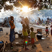 November 18th 2013, 40 000 IDPs have fled their village in the region of Bossangoa and taken refuge in the Bichopstery, with very little humanitarian help to meet the needs of the population.