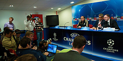 MADRID, SPAIN - Tuesday, October 21, 2008: Liverpool's manager Rafael Benitez and press officer Ian Cotton (R) during a press conference at the Vicente Calderon ahead of the UEFA Champions League Group D match against Club Atletico de Madrid. (Photo by David Rawcliffe/Propaganda)