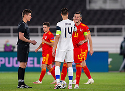 HELSINKI, FINLAND - Thursday, September 3, 2020: Wales' captain Gareth Bale and Finland's captain Tim Sparv greet each other before the UEFA Nations League Group Stage League B Group 4 match between Finland and Wales at the Helsingin Olympiastadion. (Pic by Jussi Eskola/Propaganda)