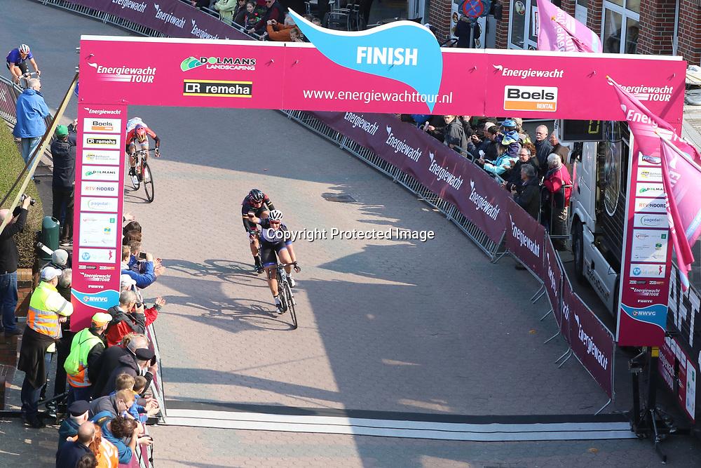10-04-2016: Wielrennen: Energiewachttour vrouwen: Borkum  <br /> BORKUM (GER) wielrennen  De slotetappe van de Energiewachttour was een etappe op het Duitse Waddeneiland Borkum. De slotetappe van de Energiewachttour is gewonnen Kirsten Wild voor de Zwolse was het alweer de tiende etappe overwinning in deze koers