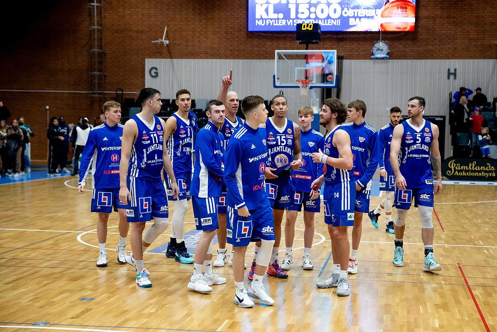 ÖSTERSUND 20211007<br /> Jämtland efter torsdagens match i basketligan mellan Jämtland Basket och Norrköping Dolphins.<br /> Foto: Per Danielsson / Projekt.P