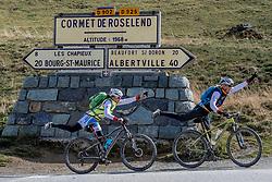 16-09-2017 FRA: BvdGF Tour du Mont Blanc day 7, Beaufort<br /> De laatste etappe waar we starten eindigen we ook weer naar een prachtige route langs de Mt. Blanc / Nicole en Marion