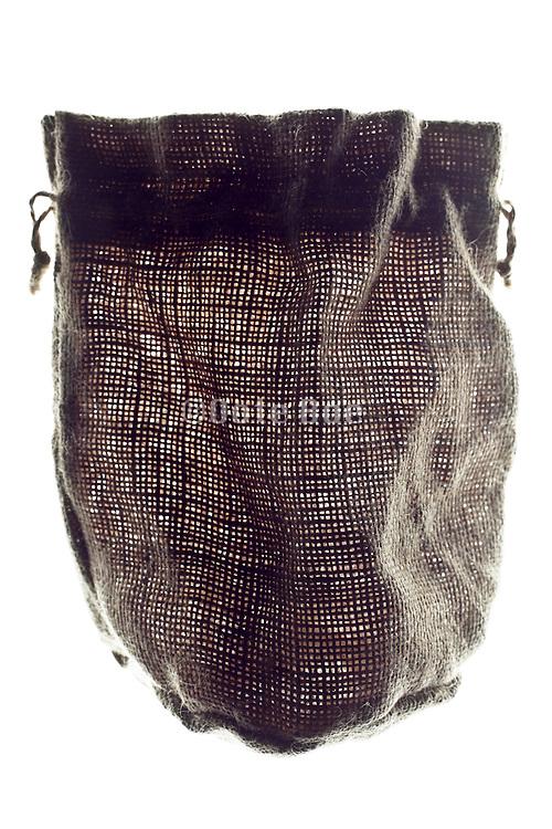 open mesh rough burlap little pouch