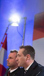 "06.12.2016, Freiheitlicher Parlamentsklub, Wien, AUT, FPÖ, Pressekonferenz ""Nach der Wahl ist vor der Wahl"". im Bild v.l.n.r. Dritter Nationalratspraesident Norbert Hofer (FPÖ) und Klubobmann FPÖ Heinz-Christian Strache // f.l.t.r. 3rd President of the National Council Norbert Hofer (FPOe) and Leader of the parliamentary group FPOe Heinz Christian Strache during press conference of the austrian freedom party according to presidential elections in Vienna, Austria on 2016/12/06. EXPA Pictures © 2016, PhotoCredit: EXPA/ Michael Gruber"