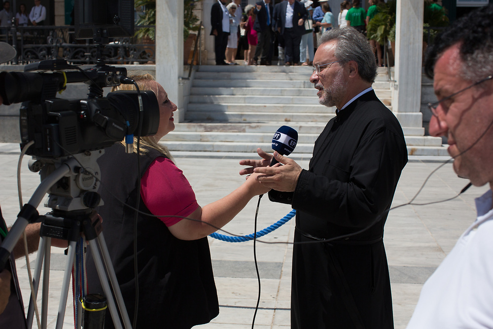 Father John Chryssavgis spoke to the media during the Greener Attica Symposium on the Saronic Islands, Greece. This international ecological symposium organised by the Ecumenical Patriarchate convened theologians and scientists, political and business leaders, as well as activists and journalists from all over the world. Participants explored pressing issues such as climate change, loss of diversity and plastic pollution.