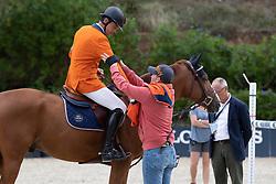 Philippaertsd Nicola, BELAlex Tyler-Morris, GBR , groom for Harrie Smolders<br /> Longines FEI Jumping Nations Cup™ Final<br /> Barcelona 20128<br /> © Hippo Foto - Dirk Caremans<br /> 07/10/2018