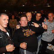 Sterrenboxen Ahoy, Gerrie Ruymgaart en enkele Hells Angels, 3de van rechts vice president Harry Klepper, Stoeltie