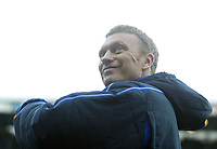 18/12/2004 - FA Barclays Premiership - Blackburn Rovers v Everton - Ewood Park<br />Everton's manager David Moyes smiles up at the main stand before the start of the match<br />Photo:Jed Leicester/Back Page Images