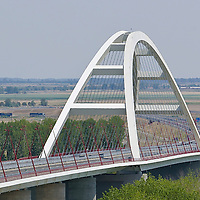 0707239082a Ferenc Gyurcsany and Janos Koka at the celebration of the newly built record breaker Pentele Bridge over river Danube at Dunajuvaros, Hungary. Monday, 23. July 2007. ATTILA VOLGYI