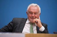 DEU, Deutschland, Germany, Berlin, 25.09.2017: Wolfgang Kubicki (FDP) in der Bundespressekonferenz zu den Ergebnissen der Bundestagswahlen.