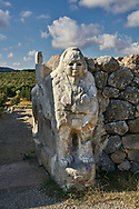 Picture & image of Hittite Sphinx sculpture of the Sphinx Gate. Hattusa (also Ḫattuša or Hattusas) late Anatolian Bronze Age capital of the Hittite Empire. Hittite archaeological site and ruins, Boğazkale, Turkey. .<br /> <br /> If you prefer to buy from our ALAMY PHOTO LIBRARY  Collection visit : https://www.alamy.com/portfolio/paul-williams-funkystock/hattusa-hittite-site-turkey.html<br /> <br /> Visit our HITTITE PHOTO COLLECTIONS for more photos to download or buy as wall art prints https://funkystock.photoshelter.com/gallery-collection/The-Hittites-Art-Artefacts-Antiquities-Historic-Sites-Pictures-Images-of/C0000NUBSMhSc3Oo