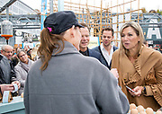 Koningin Máxima tijdens een werkbezoek aan Dutch Design Week (DDW) in Eindhoven.<br /> <br /> Queen Máxima during a working visit to Dutch Design Week (DDW) in Eindhoven.