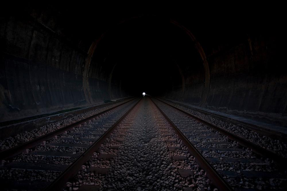 Sao Bras do Suacui_MG, Brasil...Trilhos do Trem em Sao Bras do Suacui, Minas Gerais...Train track in Sao Bras do Suacui, Minas Gerais...Foto: LEO DRUMOND / NITRO