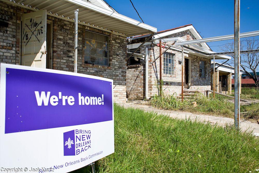 20 SEPTEMBER 2006 - NEW ORLEANS, LOUISIANA: Homes in the Lower 9th Ward of New Orleans, LA. The neighborhood was abandoned after flooding from nearby canals after Hurricane Katrina inundated this part of the city. Photo by Jack Kurtz / ZUMA Press