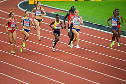 London, August 10 2017 . Marina Arzamasova, Belurus, Olha Lyakhova, Ukraine, Lindsey Butterworth, Canada, Halima Nakaayi, Uganda and Yusneysi Santiusti, Italy, Lynsey Sharp, Great Britain, in the women's 800m heats on day seven of the IAAF London 2017 world Championships at the London Stadium. © Paul Davey.