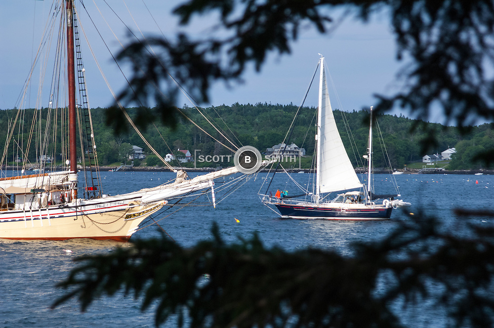 Sailing on Linekin Bay off Cabbage Island Maine