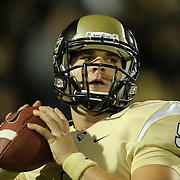 UCF Knights quarterback Blake Bortles (5) warms up prior to an NCAA football game between the South Florida Bulls and the 17th ranked University of Central Florida Knights at Bright House Networks Stadium on Friday, November 29, 2013 in Orlando, Florida. (AP Photo/Alex Menendez)