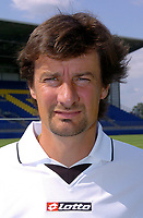 Fotball<br /> Frankrike 2004/05<br /> FC Gueugnon<br /> 27. juli 2004<br /> Foto: Digitalsport<br />  THIERRY FROGER (COACH)