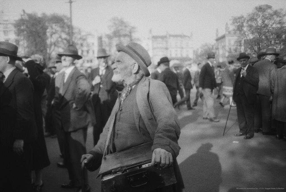Characters, London, 1927