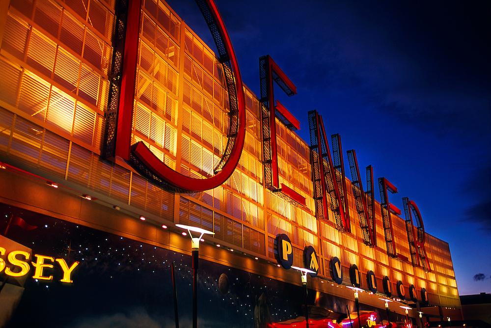 Denver Pavilions (Entertainment Center), Downtown Denver
