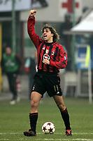 Milano 12-12-2004<br /> <br /> Campionato di calcio Serie A 2004-05<br /> <br /> Milan Fiorentina<br /> <br /> nella  foto Crespo esulta dopo il secondo gol del milan<br /> <br /> Hernan Crespo Milan celebrates his second goal <br /> <br /> Foto Snapshot / Graffiti