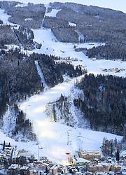 22.01.2016, Planai, Schladming, AUT, FIS Weltcup Ski Alpin, Slalom, Herren, Vorbereitungen, im Bild der fertig präparierte Racehill und Skipisten auf der Planai // racehill and slopes on the Planai prior to the Schladming FIS Ski Alpine World Cup 2016 at the Planai course in Schladming, Austria on 2016/01/22. EXPA Pictures © 2016, PhotoCredit: EXPA/ Martin Huber