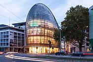 the Weltstadthaus on Schildergasse, department store of the Peek & Cloppenburg Company, designed by architect Renzo Piano, Cologne, Germany.<br /> <br /> das Weltstadthaus an der Schildergasse, Warenhaus des Peek & Cloppenburg Konzerns, Entwurf des Architekten Renzo Piano, Koeln, Deutschland.