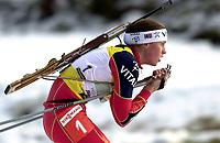 Skiskyting, 12. desember 2003, Gro Marit Istad Kristiansen, (NOR)  Norge Biathlon Norwegen<br /> Weltcup Hochfilzen