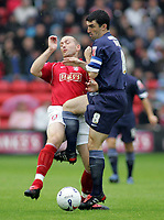 Fotball<br /> England 2005/2006<br /> Foto: SBI/Digitalsport<br /> NORWAY ONLY<br /> <br /> Walsall v Southend<br /> Coca Cola League One<br /> 13/08/2005.<br /> <br /> Paul Smith and Kevin Maher