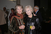 Virginia Mckenna and Liz Fraser. Cocktail party celebrating Born Free Foundation 21 years anniversary.  Royal Geographical Society, Kensington Gore. 14 march 2005. ONE TIME USE ONLY - DO NOT ARCHIVE  © Copyright Photograph by Dafydd Jones 66 Stockwell Park Rd. London SW9 0DA Tel 020 7733 0108 www.dafjones.com