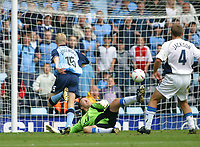 Photo: Jo Caird<br /> Coventry City v Wigan Athletic<br /> Nationwide Football League Div 1<br /> 27/09/2003.<br /> <br /> Claus Jorgensen watches as Andy Morrell's shot goes in over  John Filan, goalie