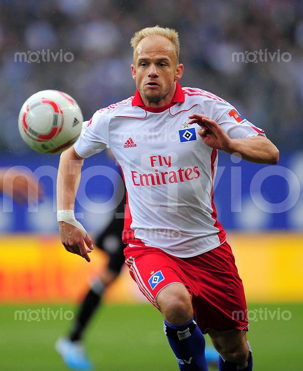 FUSSBALL   1. BUNDESLIGA   SAISON 2010/2011   7. SPIELTAG Hamburger SV - 1. FC Kaiserslautern                     02.10.2010 David JAROLIM (Hamburger SV) Einzelaktion am Ball
