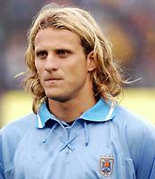 Fotball<br /> VM-kvalifisering 2006<br /> 07.09.2003<br /> Uruguay v Bolivia 5-0<br /> Norway Only<br /> Foto: Digitalsport<br /> <br /> The Uruguay player  Diego Forlan