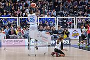 DESCRIZIONE : Trento Beko All Star Game 2016 Dolomiti Energia Three Point Contest<br /> GIOCATORE : Tyrus McGee<br /> CATEGORIA : Tiro Tre Punti Three Point<br /> SQUADRA : Vanoli Cremona<br /> EVENTO : Beko All Star Game 2016<br /> GARA : Dolomiti Energia Three Point Contest<br /> DATA : 10/01/2016<br /> SPORT : Pallacanestro <br /> AUTORE : Agenzia Ciamillo-Castoria/L.Canu